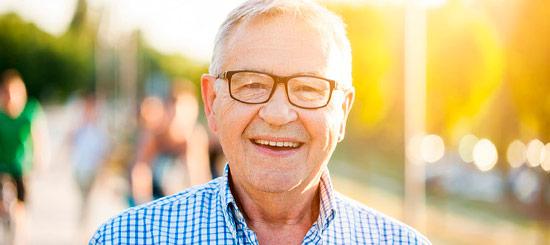Prótesis, la solución práctica a la pérdida de piezas dentales - Dental Roca