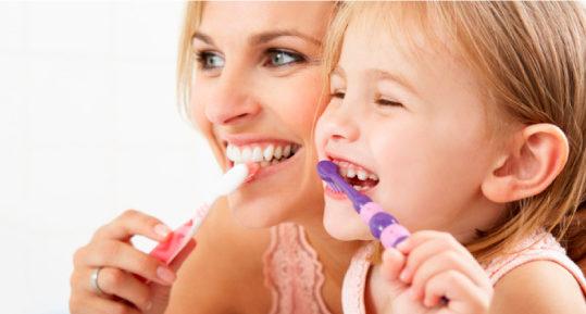 Enseña a tus hijos consejos de higiene dental